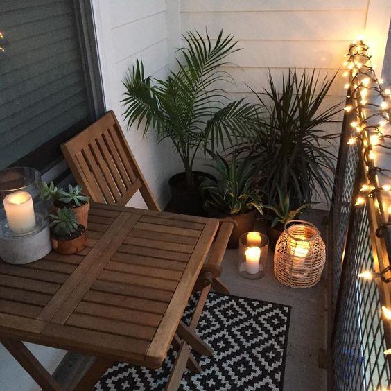 pekne-byvat-balkon-svetielka-inspiracia