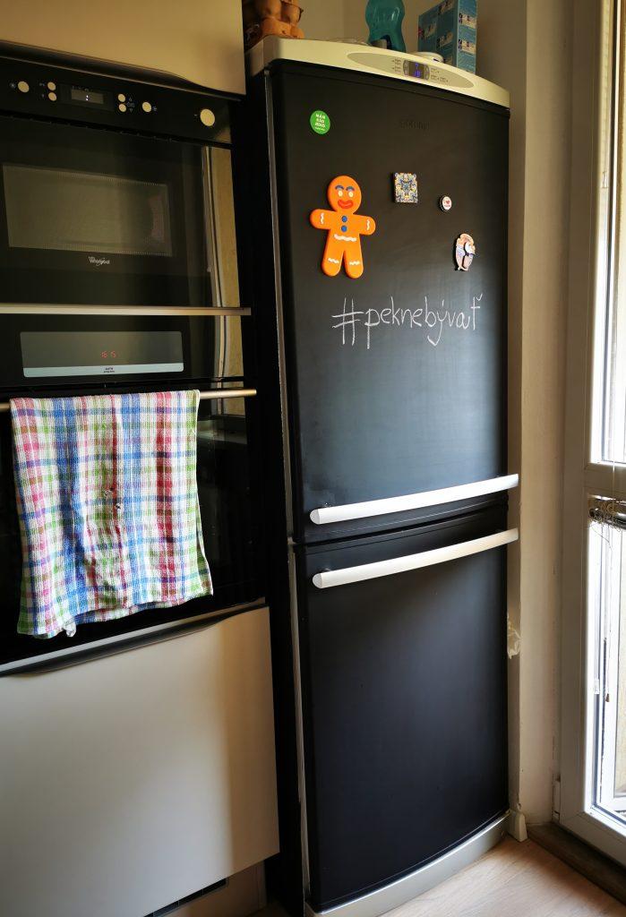 pekne-byvat-obnova-chladnicky-navod-kuchyna